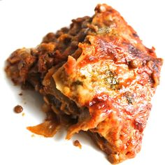 An easy lentil lasagne recipe with just five ingredients- no pre cooking required. A simple midweek dinner.