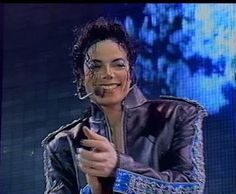 Michael Jackson perform Heal the World in HIStory World Tour on Friday October 11, 1996 in Seoul, South Korea
