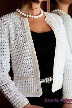 Kamila Fitted Cardigan Crochet Pattern Pin - Crochet Patterns To Wear from Hooked On Patterns Crochet Bolero, Gilet Crochet, Crochet Coat, Crochet Jacket, Crochet Cardigan, Crochet Clothes, Crochet Stitches, Knitting Designs, Knitting Patterns