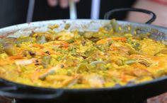 Receita original da cozinha espanhola tem lula, frango e açafrão entre os ingredientes