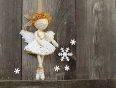 Crochet Christmas angel fairy amigurumi ornament. (Finished item available to purchase).