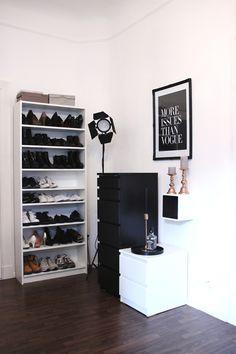 roomtour_interior_black_white_gold_copper_schwarzersamt (2)