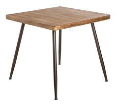 Mesa de comedor estilo industrial, elaborada en hierro y madera. Esta magnífica mesa de comedor de estilo vintage se levanta con mucha elegancia sobre unas patas de hierro de color gris oscuro