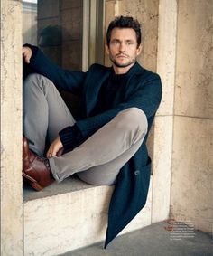 Dedicated to the fine art of appreciating that gorgeous Brit, Hugh Dancy. Yep, we adore Mads, too....