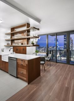 Lincoln square kitchen renovation by Sweeten. Square Kitchen, Open Kitchen, Kitchen Island, My Home Design, House Design, Home Renovation, Home Remodeling, Muebles Living, Mid Century Modern Kitchen