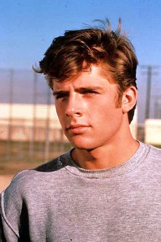 Maxwell Caulfield-I fell in love with him when I was 4 years old after watching Grease When I went to college, it was the first thing I noticed about the man who eventually became my husband. No joke. Grease 1, Grease Movie, Hot Actors, Actors & Actresses, Beautiful Boys, Pretty Boys, Maxwell Caulfield, Grease Is The Word, Michelle Pfeiffer
