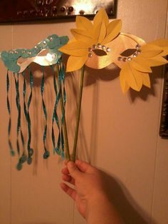 we love making them, spray paint, gold sharpies, and sparkles Paper Plate Masks, Paper Plate Crafts, Paper Plates, New Years Eve, Girl Scouts, Our Love, Sharpies, Activities, Halloween