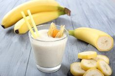 3 Delicious Banana Smoothies For Healthy Weight Loss Smoothie Fruit, Healthy Smoothies, Healthy Drinks, Healthy Recipes, Smoothie Diet, Skinny Recipes, Fruit Salad, Healthy Food, Gain Weight Fast