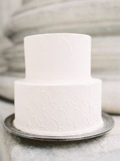 eBoot Mr and Mrs Cake Toppers Wooden Wedding Cake Topper Party Cake Decoration - Ideal Wedding Ideas Floral Wedding Cakes, White Wedding Cakes, Elegant Wedding Cakes, Gun Wedding, Wedding Rings, Wedding Album, Boutique Decor, Bridal Boutique, Marchesa Gowns