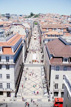 Four days in Lisbon –8 non & touristy places we've seen {+video}
