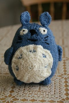 little knitted totoro —free instructions!