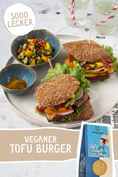 Veganer Tofu Burger einfach und schnell zubereitet, mit Yokos Tofugwürz. #Veggieburger #Tofuburger #vegetarisch  #tofugewürz #yokostofugewürz #veggieburger #vegan #Burger #Tofu Mango Salsa, Yummy Food, Tasty, Ethnic Recipes, Vegan Dishes, Complete Nutrition, Delicious Food, Mango Sauce