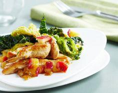 Sauté de poulet aux échalotes, chou croquant et pomme