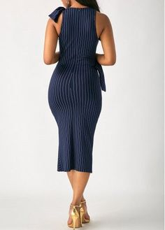 Swans Style is the top online fashion store for women. Shop sexy club dresses, jeans, shoes, bodysuits, skirts and more. African Print Dresses, African Fashion Dresses, African Dress, Classy Outfits, Chic Outfits, Fashion Outfits, Womens Fashion, Sexy Dresses, Beautiful Dresses