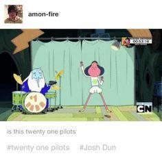 Tyler Joseph Josh Dun twenty one pilots |-/ skeleton clique stay alive stay street