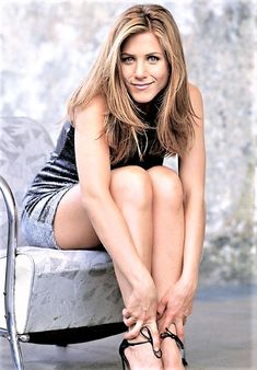 jennifer aniston Brad is an idiot Jennifer Aniston 90s, Jeniffer Aniston, Jennifer Aniston Pictures, Beautiful Celebrities, Gorgeous Women, Hollywood, Nancy Dow, Beauté Blonde, Rachel Green