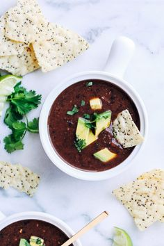 5-Ingredient Black Bean Soup-you won't believe how easy this soup is to make! Just 15 minutes is all you need for a quick and healthy meal that's packed full ofprotein and antioxidants! (vegan + gluten-free) #PulsePledge #sponsored