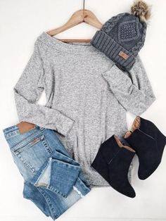Love this outfit. Especially the loose fit and neckline of the top.