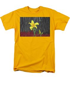 Stargazer Lily Men's T-Shirt (Regular Fit) featuring the photograph Yellow Stargazer Lily by Cynthia Guinn