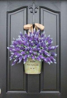 Декор дверь букет
