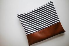 Clutch giveaway! [Closed]