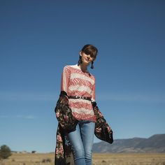 Southwest Style: Harness the Sun with Interweave Knits Summer 2018 Plant Fibres, Summer Knitting, Southwest Style, Cool Plants, Conditioning, Cold Weather, Knits, Knitwear, Knitting Patterns