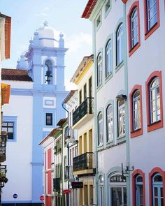 The colourful streets of Angra do Heroísmo, Azores, Portugal Portugal, How To Apologize, Perfect Place, This Or That Questions, Mansions, Street, House Styles, Places, Windows
