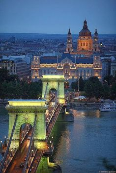 Budapest, Hungary, The Chain Bridge above the DUNA river