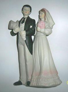 Vintage Wedding Cake Topper, Porcelain Figurine~~
