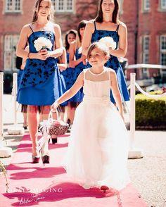 Here come the girls @tylneyhallgardens  #tylneyhall #weddingday #bridesmaids…