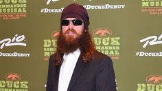 'Duck Dynasty' star flirts hard with the camera at a skateboarding event