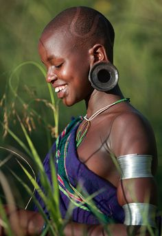 Africa | Beautiful Suri girl in Kibish. Omo Valley, Ethiopia | ©Dietmar Temps