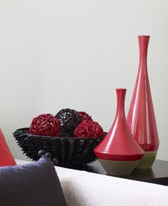 Contrast & Colour pop! Amora Vases in Roaring Red.