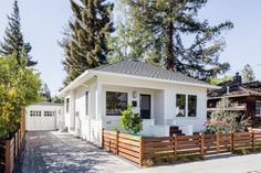 MY DREAM HOUSE!!!!    The design experts at HGTV.com share photos of a small home with big style.
