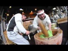 日本の高速餅つきが海外で話題に : ギズモード・ジャパン