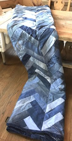 Excited to share this item from my shop: Recycled Denim Blanket, recycled Denim, Chevron, Herr Denim Quilts, Denim Quilt Patterns, Blue Jean Quilts, Bag Patterns, Old Quilts, Denim Patchwork, Patchwork Quilting, Artisanats Denim, Distressed Denim
