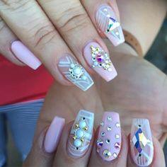 Punk Nails, Nail Inspo, Coffin Nails, Hair And Nails, Makeup, Beauty, Make Up, Long Fingernails, Beauty Makeup