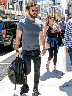 Jennifer Aniston Goes Shopping in N.Y.C. with Husband Justin Theroux