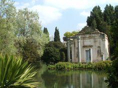 ROMAN TEMPLE, REGGIA DI CASERTA, CAMPANIA, ITALY  ph: Twice25 & Rinina25