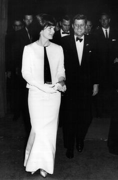 Jackie and President Kennedy, attending a ceremony in Washington D.C., 1962