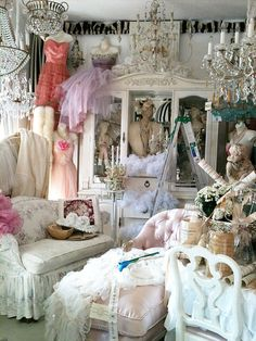 saw this and thought that every girl/woman needs a room like this and to call it their princess room