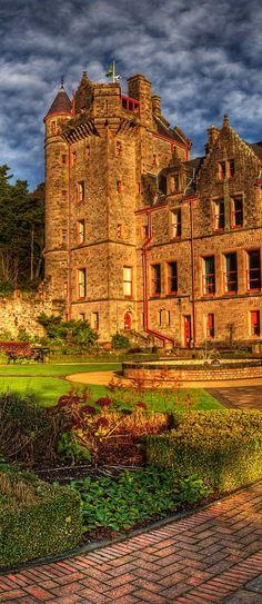 bonitavista: le château de Belfast, Irlande du Nord photo via edain33