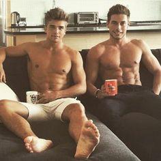 Boys Daily  @idealboys Instagram profile - Pikore