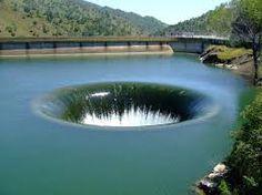 Sinkhole - Canale di scarico - Glory Hole, Monticello Dam California - Cerca con Google