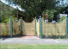 p - like this idea.  Garden fence idea