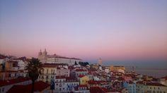 """113 Gostos, 5 Comentários - Graziela Rosario (@grozelha) no Instagram: """"Céu de algodão doce. #goodvibe #goodmorning #pinkbluesky #lisbon #picoftheday #igers #portugal"""""""