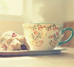 Love this photo so cozy, love the tea cup.