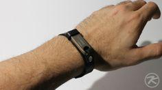 diy leather USB bracelet by Patrick Krämer IMG_6071
