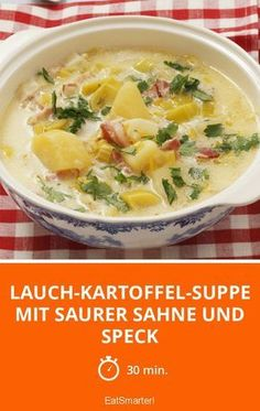 Lauch-Kartoffel-Suppe mit saurer Sahne und Speck ist ein Rezept mit frischen Zut… Leek and potato soup with sour cream and bacon is a recipe with fresh ingredients from the stews category. Try this and other recipes from EAT SMARTER! Potato Recipes, Lunch Recipes, Soup Recipes, Cooking Recipes, Healthy Recipes, Lard, Soup Kitchen, Potato Soup, Potato Diet