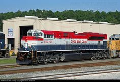 RailPictures.Net Photo: FEC 104 Florida East Coast Railroad (FEC) EMD SD70M-2 at Jacksonville, Florida by Kevin Andrusia